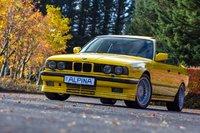 BMW-5-E34-1989-Giallo-Yellow-by-Alpina-3-1200x800.jpg
