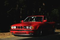 Driving-Ideal-BMW-M5-E34-4-1024x681.jpg