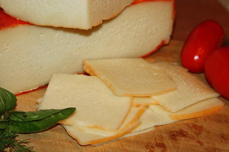 Сыр с начинкой в домашних условиях