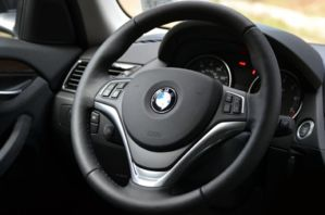2013 BMW X1 steering wheel