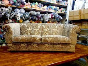 Реставрация и переобивка мебели