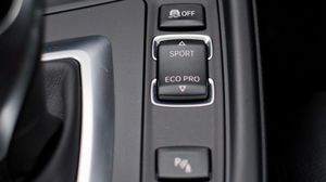 BMW 330i M Package 2016 Sport and ECO mode