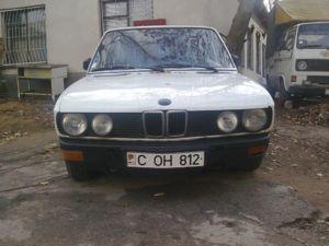 E28 528i M30 1985